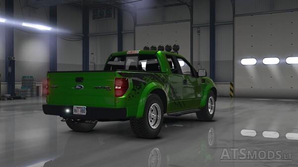 Ford-F150-SVT-Raptor-2