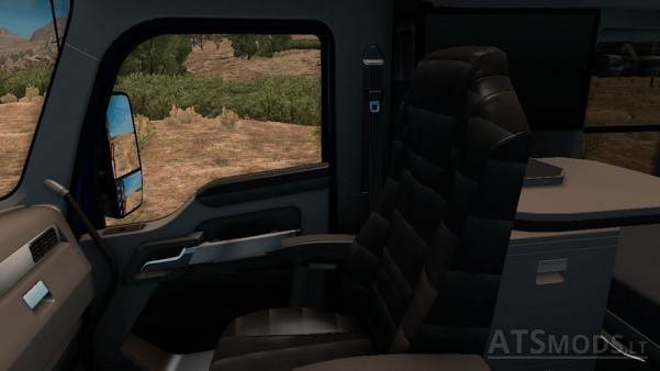 Kenworth-T680-Interior-3