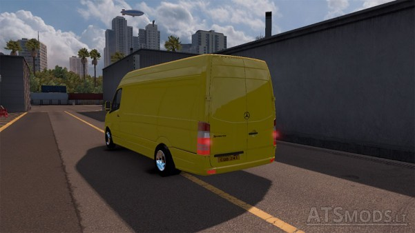 Mercedes-Sprinter-LWB-2