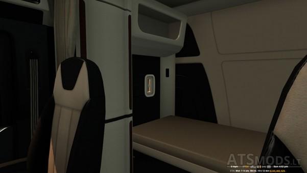 Peterbilt-579-Lux-Interior-2