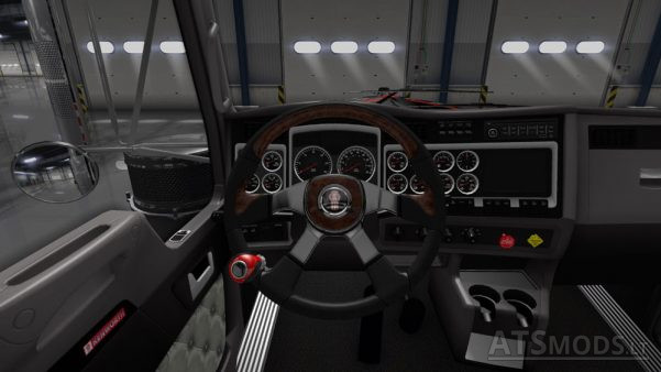 kenworth-logo-steering-wheel-1