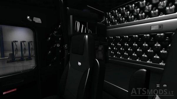 kenworth-w900-black-interior-2